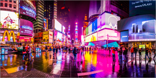 Premium poster Times Square New York after the rain