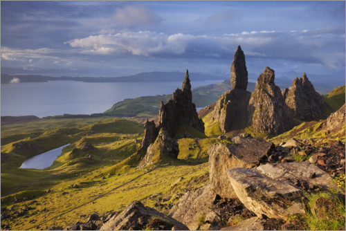 Premium poster Rock of the Old Man of Storr on the Isle of Skye, Scotland