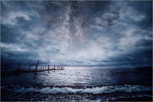 Premium poster Milky way over the stormy sea
