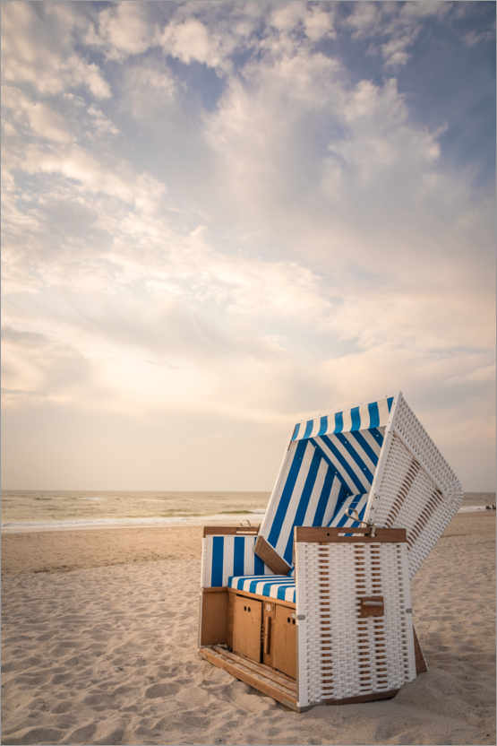 Premium poster Sylter beach chair in the soft evening light