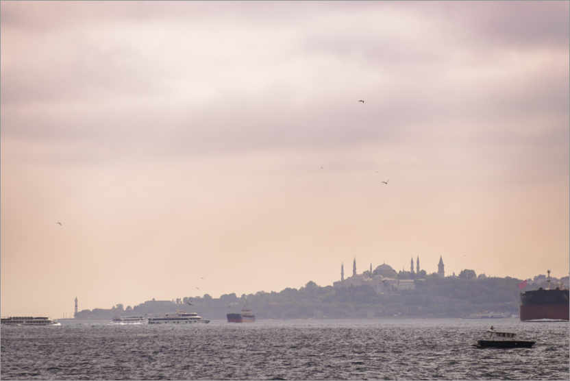 Premium poster Istanbul Cityscape at Sunset in Turkey