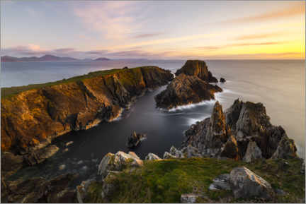Premium poster Rugged rocky coast in the soft evening light