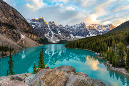 Canvas print  Moraine Lake in Alberta, Canada - Mike Centioli