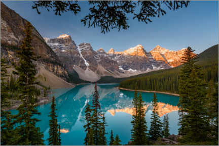 Premium poster Moraine Lake at sunrise