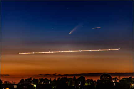 Wall sticker  Comet Neowise over Cologne Bonn Airport - HADYPHOTO