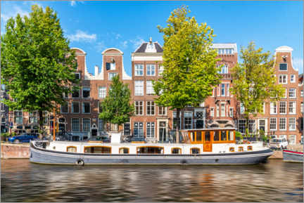 Premium poster  Architecture and boat in the canals of Amsterdam - George Pachantouris