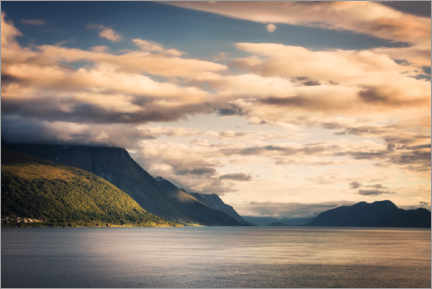 Premium poster  Fjord in Norway - mountains with sea (sunset) - Wanderkollektiv