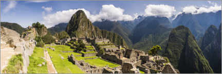 Premium poster  Ancient Inca Ruins of Machu Picchu in the Andes Mountains of Peru - Matthew Williams-Ellis