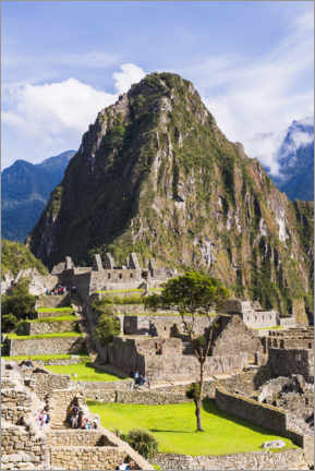 Premium poster  Machu Picchu and Huayna Picchu in Peru - Matthew Williams-Ellis