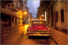 Wall sticker  Red vintage American car in Havana - Lee Frost