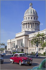 Wall sticker  Traditonal old American cars passing the Capitolio building, Havana, Cuba - Martin Child
