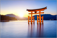 Gallery Print  Japanese Torii at Itsukushima Shrine in Miyajima - Jan Christopher Becke