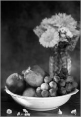 Gallery print  Still life with apples and grapes noir - K&L Food Style