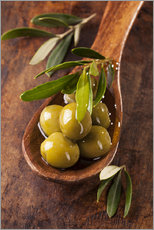 Wall sticker  Spoon with green olives on a wooden table - Elena Schweitzer