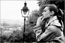 Premium poster  Audrey Hepburn looking into the distance - Celebrity Collection