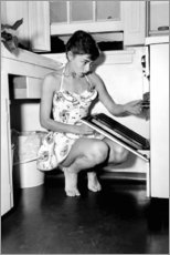 Premium poster  Audrey Hepburn at the stove - Celebrity Collection