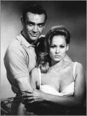 Premium poster  Sean Connery and Ursula Andress