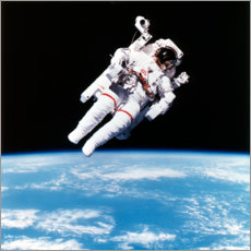 Gallery print  Astronaut Bruce McCandless with propeller backpack