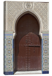 Canvas  Wooden door in decorated archway - Nico Tondini