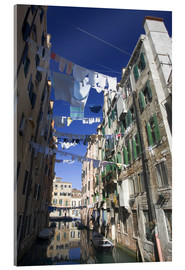 Acrylic print  Laundry between the houses - Bill Young