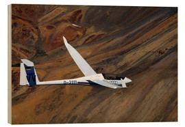 Wood print  Glider in mountain landscape - David Wall