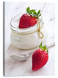 Canvas  Fresh strawberries with curd - Edith Albuschat