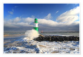 Premium poster  Green lighthouse in the surf III - Thomas Deter