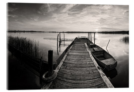 Acrylic glass  Wooden pier on lake with fishing boat - black and white - Frank Herrmann