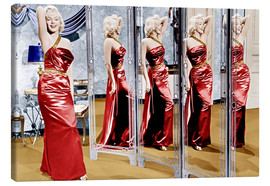 Marilyn Monroe in front of mirrors