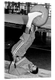 Acrylic glass  Joe Frazier during training with a medicine ball