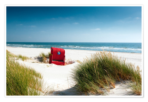 Premium poster Red beach chair in dunes