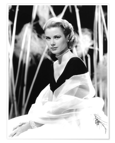 Premium poster Grace Kelly with a tulle shawl