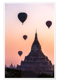Premium poster  Temple at sunrise with balloons flying, Bagan, Myanmar - Matteo Colombo
