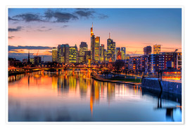 Premium poster  Frankfurt skyline at sunset reflected in the Main - HADYPHOTO
