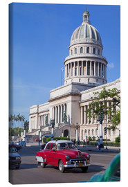 Canvas print  Traditonal old American cars passing the Capitolio building, Havana, Cuba - Martin Child