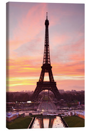 Canvas print  Eiffel Tower at sunrise - Markus Lange