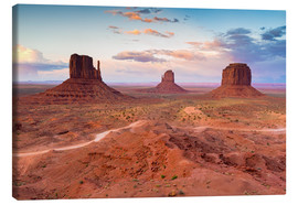Canvas  Monument Valley at dusk - Chris Hepburn