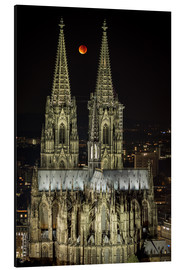 Aluminium print  Blood moon shines over Cologne Cathedral - rclassen