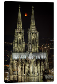 Canvas  Blood moon shines over Cologne Cathedral - rclassen