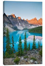 Canvas print  Moraine Lake - Darwin Wiggett