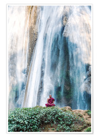 Premium poster  Monk meditating at a waterfall - Matteo Colombo