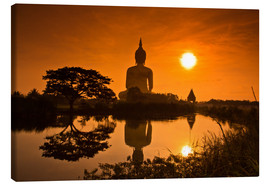 Canvas  Shinto statue in sunset