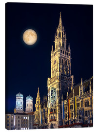 Canvas  Night scene from Munich Town Hall