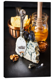 Canvas print  Delicious blue cheese with honey