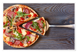 Premium poster  Pizza with salami and arugula
