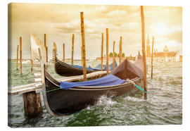 Canvas  Gondolas in the wind