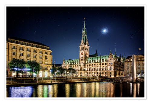 Premium poster Moon over the town hall in Hamburg