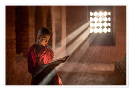 Premium poster  Buddhist monk in a monastery in Burma - Jan Christopher Becke