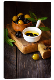 Canvas print  Green and Black Olives