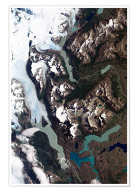 Premium poster  View of grinding glaciers and granite peaks in Chile's Torres del Paine National Park.